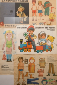 Paper Dolls in Bernau
